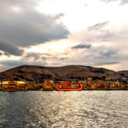 tour isla flotante de los uros (10)