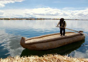 tour isla flotante de los uros (2)