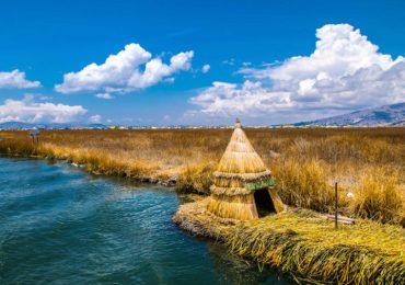 tour isla flotante de los uros (3)